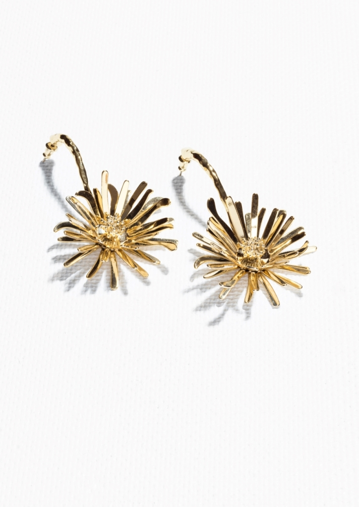 They are big, a fun summer statement earrring - no other jewellery needed